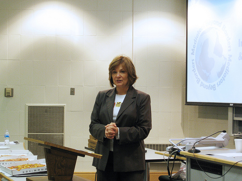 Lynn Cole - Mediators Beyond Borders